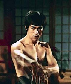 Bruce Lee (gif)