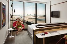 https://ny.curbed.com/2018/4/17/17247996/jfk-airport-twa-hotel-rooms-midcentury-modern-style?utm_medium=email&utm_campaign=Curbed%20NY%2041718&utm_content=Curbed%20NY%2041718+CID_7930e0573e914eebe60b9806bb596f96&utm_source=cm_email&utm_term=Insert%20alt%20text%20here