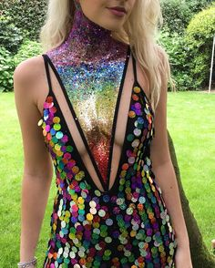 """12.8 mil curtidas, 167 comentários - ✨GO GET GLITTER✨ (@gogetglitter) no Instagram: """"Because a rainbow sequin catsuit sometimes isn't enough... add glitter!!! ❤️"""""""