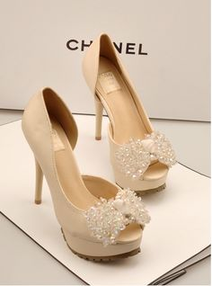 Chanel High heels 2013. Wedding shoes. Look at the soles, traction. ♥