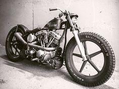"92 mentions J'aime, 1 commentaires - Vasy (@vasyfunt) sur Instagram: ""#moto #custom #bobber #caferacer #realmetall #oldschoolmotorcycles #mensberloga #yamahaclub…"""