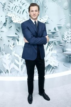Gaspard Ulliel Gaspard Ulliel, Chanel 2015, Actor Model, Gentleman Style, Vanity Fair, France, Actors, Suits, Formal