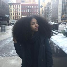 for all things natural hair + care! Pelo Natural, Natural Hair Tips, Natural Hair Journey, Natural Hair Styles, Natural Black Hair, Natural Hair Puff, Natural Curls, Black Power, Looks Rihanna
