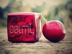 The world of makeup: BALMI - BALZÁMY NA RTY - TŘEŠEŇ, JAHODA A KOKOS