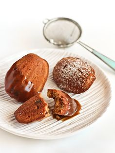 Date Madeleines with Butterscotch Sauce | Food Blogger: Stephcookie - http://www.raspberricupcakes.com