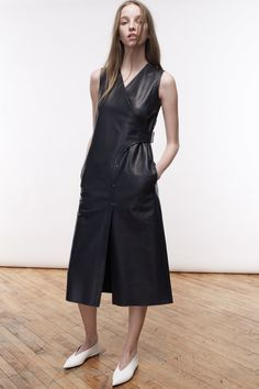 Colovos | Fall 2016 Ready-to-Wear | 01 Black leather sleeveless midi dress