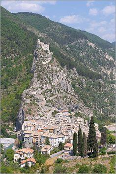 Medieval village of Entrevaux (Alpes de Haute Provence)