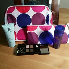 2 Makeup Bags Eye Shadow /2 Bottles Makeup Remover 2 Makeup Bags Eye Shadow /2 Bottles Makeup Remover. Estee Lauder Bags Cosmetic Bags & Cases