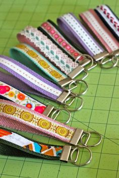 Learn how to make a key fob with this simple, quick, and pretty DIY key fob tutorial. A fun way to use pretty trim to make inexpensive key fob gifts! Ribbon Crafts, Fabric Crafts, Sewing Crafts, Sewing Projects, Ribbon Projects, Craft Projects, Cute Crafts, Crafts To Make, Arts And Crafts