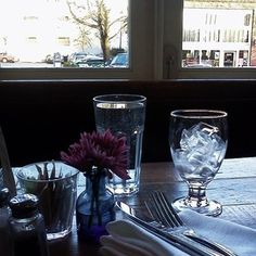 によるInstagramの写真ficklekitten - spent time relaxing at my favorite cafe