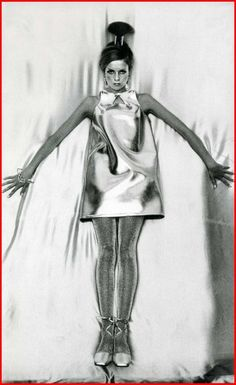 """Twiggy as a """"victor in the space race"""" wearing glitter stockings by Mary Quant. Mary Quant, 1960s Fashion, Vogue Fashion, Boy Fashion, Trendy Fashion, Fashion Styles, Fashion 2018, Cheap Fashion, Fashion Women"""