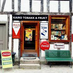 Kairo Tobakk & Frukt Kairo, Coca Cola, Diana, Broadway Shows, Photography, Instagram, Photograph, Fotografie, Photo Shoot