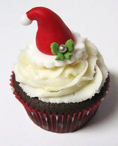Chrismtas Santa Hat Cupcake