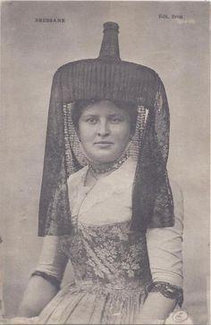costume et bijoux régionaux - chapeau de Bressane