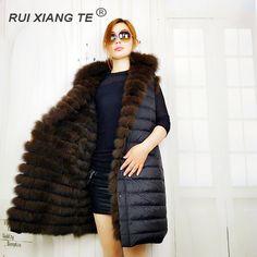 ILMAINEN RAKENNUS RuiXiangTe laides todellinen kettu turkisliivi uusi muotia käännettävä kulutus turkis ja alas liivi liivi kaulus kettu turkki gilet Fur Coat, Jackets, Fashion, Down Jackets, Moda, La Mode, Fasion, Fashion Models, Fur