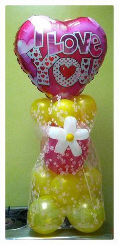 Balloon heart centerpiece