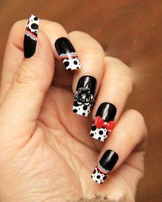 diy nail, hello black and white!