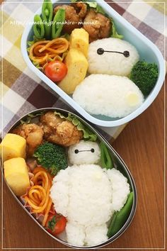 :D Baymax bento! I think it would be great if for my kids I had them watch a movie and for the next day at school they had the characters in their lunch box. Bento Box Lunch For Kids, Bento Kids, Cute Bento Boxes, Bento Food, Cute Food, Good Food, Yummy Food, Bento Recipes, Healthy Recipes