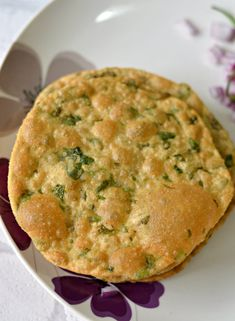 These Methi ki puris are my staple on Sunday brunches. Serve them with a spicy potato curry and they make the meal heavenly! :)