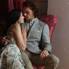 jamesandclairefraser:    jcmua#behindthescenes with@caitrionabalfe and @samheughan for#saksfifthavenue shoot #makeup by me :-)