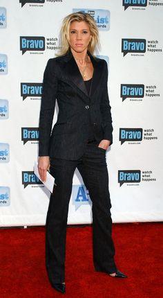 lesbian pant suit that doesn't look masculine Black Pant Suit, Black Pants, Jackie Warner, Leisha Hailey, Tomboy Stil, All Black Looks, Pantsuits For Women, White Suits, Tomboy Fashion