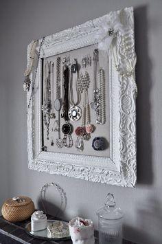 21 new ideas for jewerly organizer cork board old frames Jewellery Storage, Jewellery Display, Men's Jewellery, Antique Jewellery, Diamond Jewellery, Vintage Jewelry, Jewelry Organization, Home Organization, Organizing Ideas