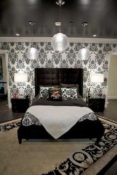 Bedroom design with black ceiling and black white wallpaper. Like the rug on the diagonal. Bedroom Ceiling, Ceiling Decor, Ceiling Design, Bedroom Decor, Bedroom Ideas, Ceiling Ideas, Bedroom Bed, Dream Bedroom, Wall Decor