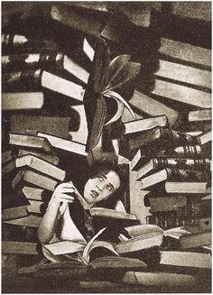 Grete Stern - Los sueños de inexperiencia en Idilio N º 77, 9 de mayo, 1950