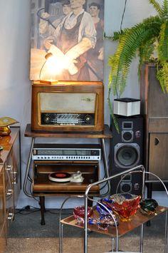Shaden Workshop: vintage glass, RTV, radio, gramophone, speakers, retro furniture, lamp ...