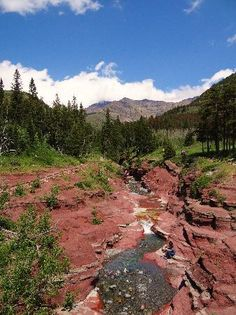Things to do in Waterton - Red Rock Canyon