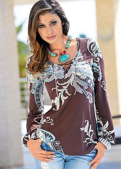 Brown Multi Paisley print top from VENUS. Sizes XS-L! Slip into a paisley state of mind. Long Tunic Tops, Long Sleeve Tops, Western Wear, Western Style, Estilo Hippie Chic, Look Plus, Mode Inspiration, Looks Cool, What To Wear