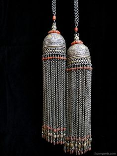 Turkoman and Afghani Jewelry Silver Jewellery Indian, Tribal Jewelry, Metal Jewelry, Silver Jewelry, Oxidised Jewellery, Ancient Jewelry, Black Metal, Antique Silver, Tassels