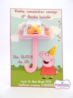 Convite Peppa Pig 3D com guarda-chuva e doces. Na personalize tem! Aniversario Peppa Pig, Cumple Peppa Pig, Pig Party, Alice, To My Daughter, Happy Birthday, Place Card Holders, Joy, Invitations