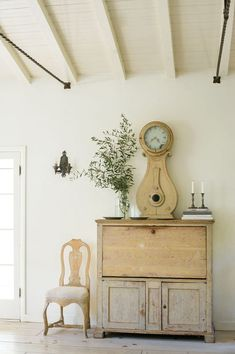 Linda and LIndsay Kennedy, via Reflections on Swedish Interiors, via Velvet and Linen