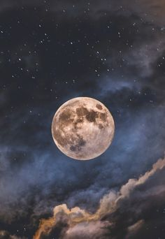 Picture of the full moon in a magical blue sky with clouds. Luna Moon, Moon Moon, Moon Art, Dark Moon, Moon Beauty, Shoot The Moon, Moon Photography, Moon Magic, Beautiful Moon