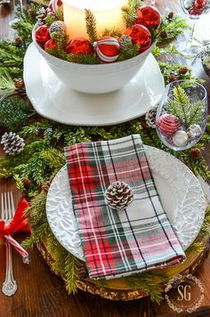 Simple Christmas or Winter place setting.