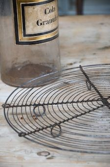 Plat à tarte Plat à tarte en fil de fer. Disponibilité : 5.