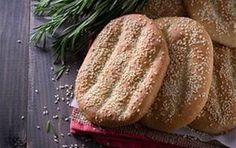 3 συνταγές για λαγάνα από αγαπημένους σεφ, - iCookGreek Dessert Recipes, Desserts, Greek Recipes, Bakery, Recipies, Vegan, Sweet, Breads, Greek Beauty