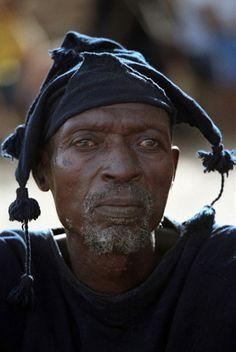Africa | Dogon man in Tirelli, Dogon Valley, Mali | ©Ronnie Dankelman