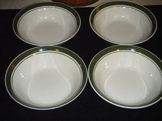 """GIBSON HOUSEWARES SOUP CEREAL BOWLS SET OF 4 OFF WHITE W/ GREEN BAND 7 """"DIAMETER #GIBSON"""