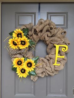 What a perfect addition to the front door for the spring/summer time! This wreath can be personalized with your choice of letter, or even your house numbers!