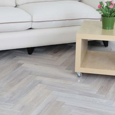 I think this is the flooring I want for my extension. Princeton Engineered Herringbone Parquet Flooring Oak x Smoked Brushed and White Oiled Cheap Hardwood Floors, Oak Parquet Flooring, Rustic Wood Floors, Engineered Wood Floors, Wooden Flooring, Kitchen Flooring, Stairs Flooring, Kitchen Wood, Parquet Chevrons