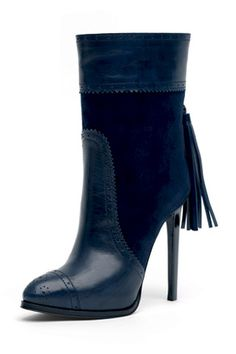Ankle leather boot with blue suede and leather tassel is proposition for fall 2010 from Emilio Pucci.  Image from Style.com