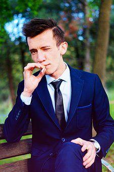 comment arreter fumer combien de temps arreter fumer comment arreter fumer enceinte comment arreter fumer facilement comment arreter fumer avec cigarette electronique comment arrêter fumer naturellement comment arreter fumer joint comment arreter fumer sans effort comment arreter fumer sans rien comment arrêter de fumer définitivement comment arreter de fumer sans grossir comment arreter de fumer seul qui a arreter de fumer avec la cigarette electronique qui a arreter de fumer qui a arreter de f Tie Gift Box, Stop Cigarette, Best Black, Fabulous Dresses, Tie Set, Wedding Men, Pocket Square, Silk Ties, Black Tie