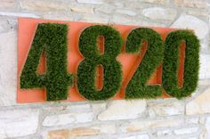 These would be totally easy to DIY.artificial grass house numbers get-your-diy-on Eclectic House Numbers, Unique Garden, Front Door Design, Artificial Turf, Modern Exterior, Garden Accessories, Diy Garden Decor, Garden Decorations, Garden Art