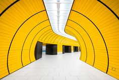 Montreal-based photographer Chris Forsyth has an obsession for architecture and metros. His series titled 'Montreal Metro' began in October of 2014 as an academic project, documenting the often overlooked architecture of Montreal's urban subway. Composed of 68 stations, each was designed by a different architect between the 60s and 70s, distinguished by an unique composition. [...]