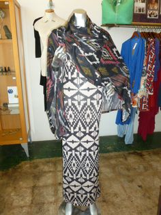 Print maxi dress with aztec print poncho