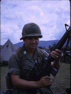 Medical Platoon - 173rd Airborne Brigade Combat Team – Bien Hoa Vietnam 1966
