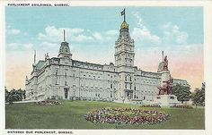 Parlement de Québec avec l'Union Jack