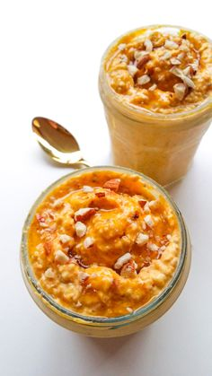 Nocna owsianka z dynią Baking Recipes, Healthy Recipes, Cheeseburger Chowder, Macaroni And Cheese, Recipies, Good Food, Soup, Meals, Cooking